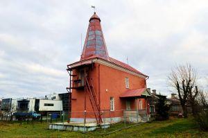 На этом старом маяке все говорит об истории — он построен в начале ХIХ века.