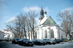 Площадь Кирику / Церковная.