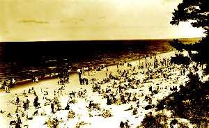 Таким был пляж в 30-е годы.