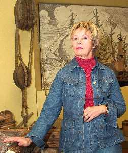 Директор Таллиннского Городского музея госпожа Варрак.