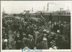 Балтийский вокзал в Таллине, в канун Певческого праздника