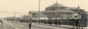 Цирковой балаган в Ревеле. Нынешняя площадь Виру. Фото начала ХХ века.