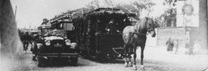 Аутентичный вагон ревельской конки во время празднования сорокалетия таллиннского трамвая в 1928 года