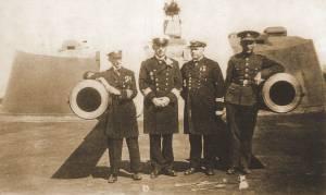 Самые мощные пушки береговой обороны располагались на острове Аэгна.