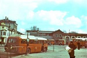 старый и добрый таллинский автовокзал. В те времена, лишь станция. 1939 год.