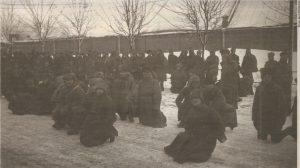 Интернированные на территории ЭР бывшие военнослужащие Северо-Западной армии. Февраль 1920 года.