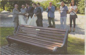 Мемориальная табличка в честь таллиннских мэров на горке Харьюмяги.