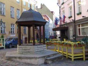 Колодец на улице Ратаскаеву.