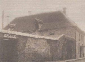 Михайловская церковь шведского прихода в помещениях былой Новой богадельни около ста лет назад.