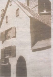 """Здание былого """"красного монастыря"""" на улице Мюривахе. Довоенное фото."""
