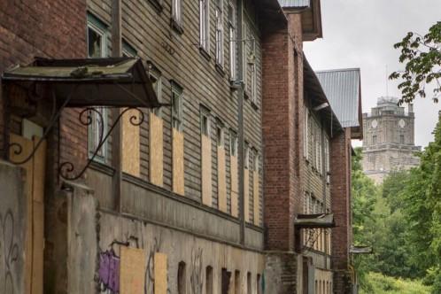 Фото: Ирина Шлеева Одно из старейших жилых зданий Копли – и, одновременно, значимая веха в истории таллиннского градостроительства – оказалось под угрозой гибели.