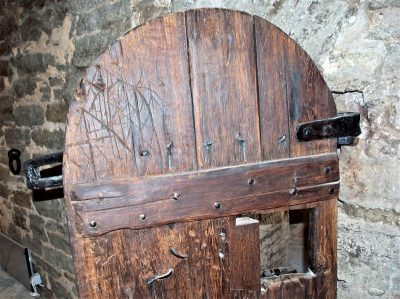 Дверь Бременской башни. Фото: Харри Вялья, facebook.com/KesklinnaValitsus