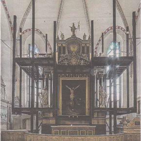 Одна из самых знаменитых работ Кристиана Акерманна - алтарь таллиннского Домского собора в реставрационных лесах во время подготовки к нынешней выставке.