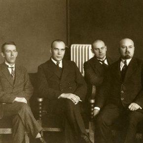 Руководство Рийгикогу первого созыва в служебных помещениях замка Тоомпеа.